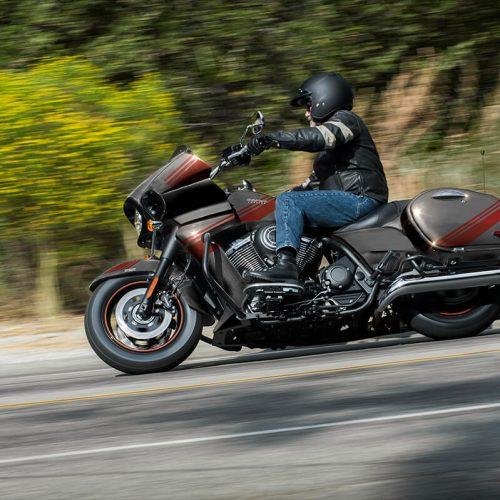 2021 Kawasaki VULCAN 1700 VAQUERO® ABS Gallery Image 1
