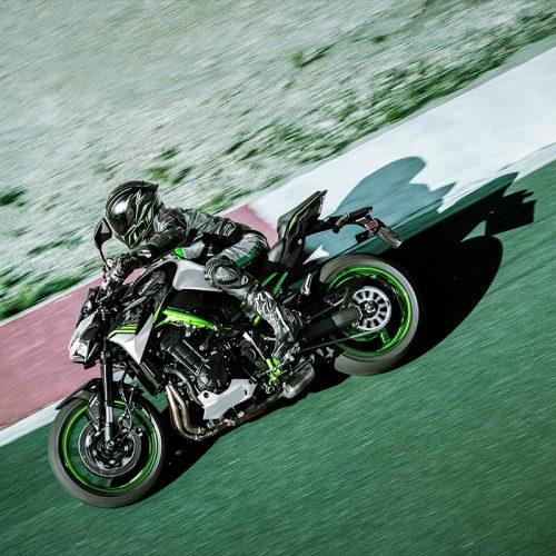 2021 Kawasaki Z900 ABS Gallery Image 3