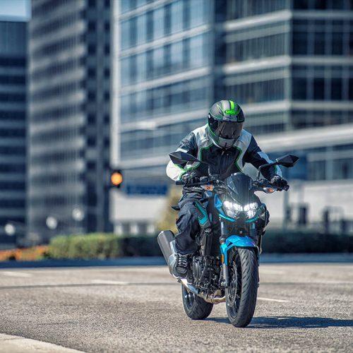 2021 Kawasaki Z400 ABS Gallery Image 3