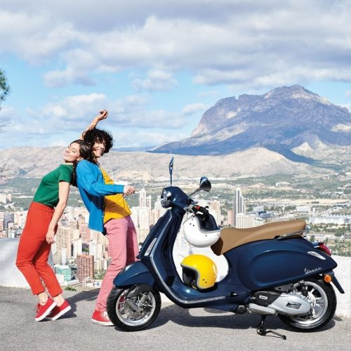 2019 Vespa PRIMAVERA 50 TOURING Gallery Image 4
