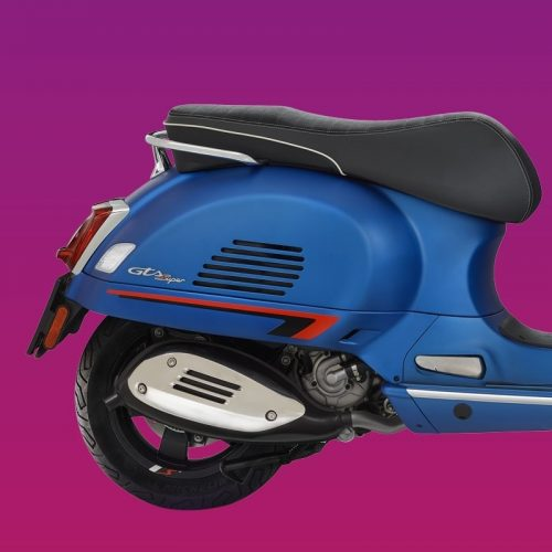 2019 Vespa GTS SUPER 300 NOTTE 300 Gallery Image 3