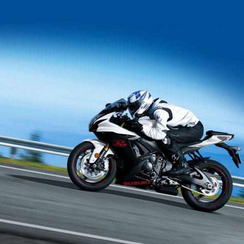 2020 Suzuki GSX-R600 Gallery Image 3