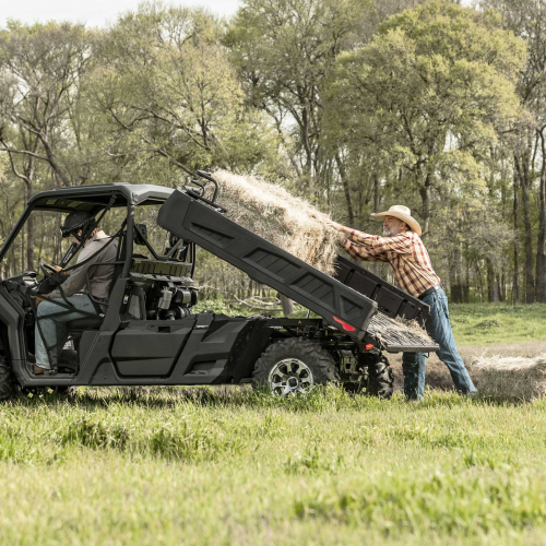 2021 Can-Am Defender 6X6 DPS Gallery Image 2