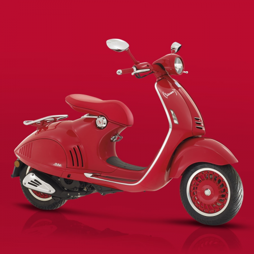 2019 Vespa (946) RED Gallery Image 4