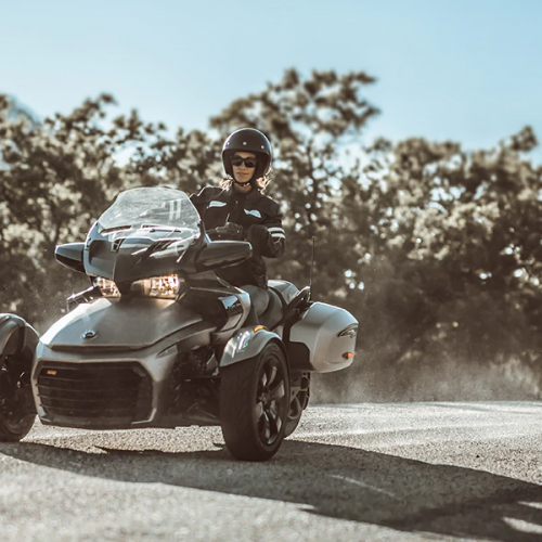 2020 Can-Am Spyder F3-T Gallery Image 2