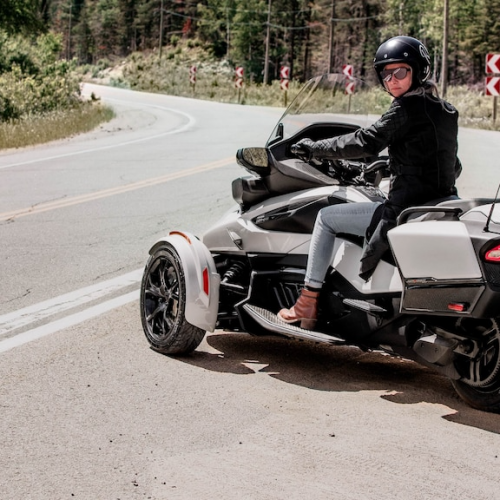 2021 Can-Am Spyder RT Gallery Image 4