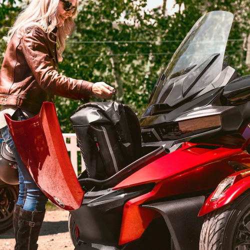 2021 Can-Am Spyder RT Gallery Image 2