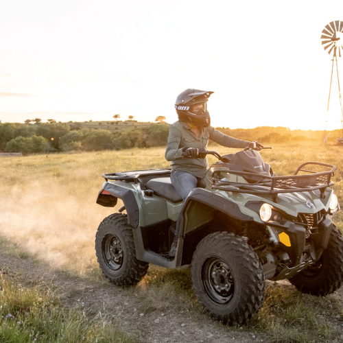 2020 Can-Am Outlander Max 6X6 DPS 450 Gallery Image 2
