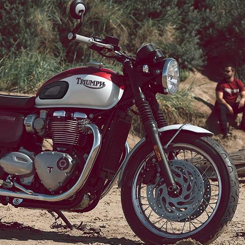 2020 Triumph Bonneville T120 Gallery Image 4
