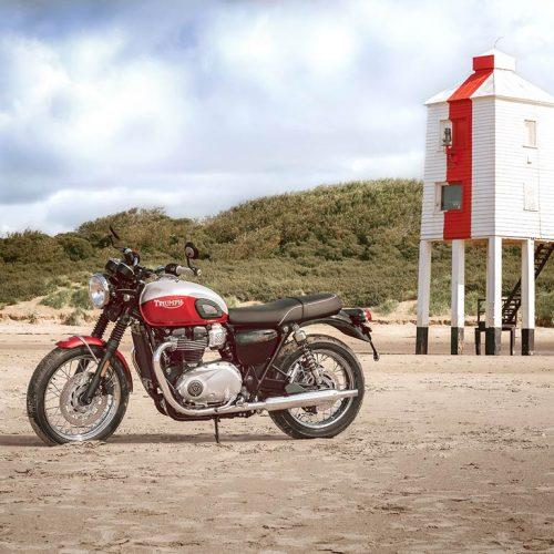 2020 Triumph Bonneville T100 Gallery Image 3