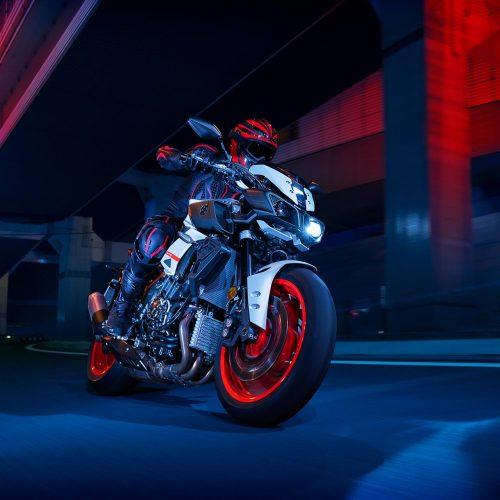 2020 Yamaha MT-10 Gallery Image 2