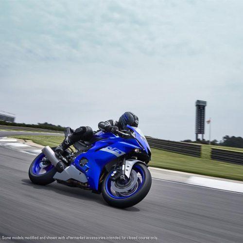 2020 Yamaha YZF-R6 Gallery Image 2