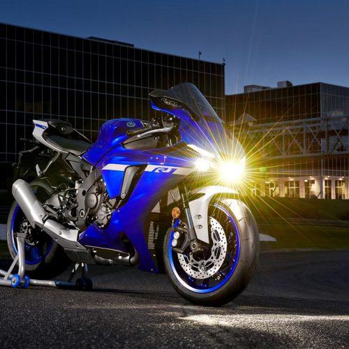 2020 Yamaha YZF-R1 Gallery Image 3