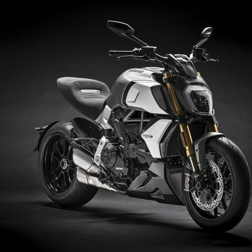 2020 Ducati Diavel 1260 Gallery Image 2