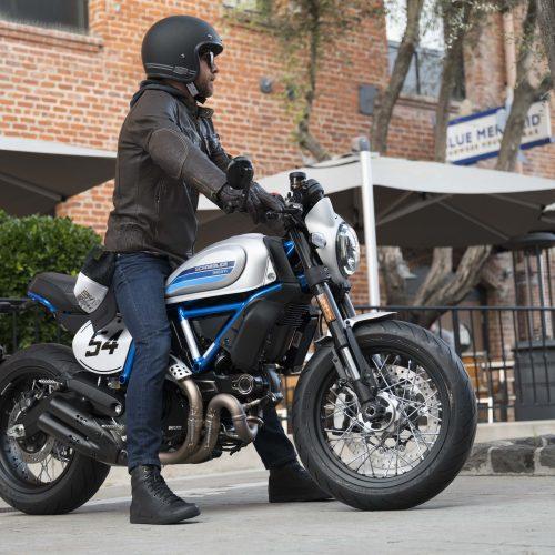 2021 Ducati Scrambler Café Racer Gallery Image 2