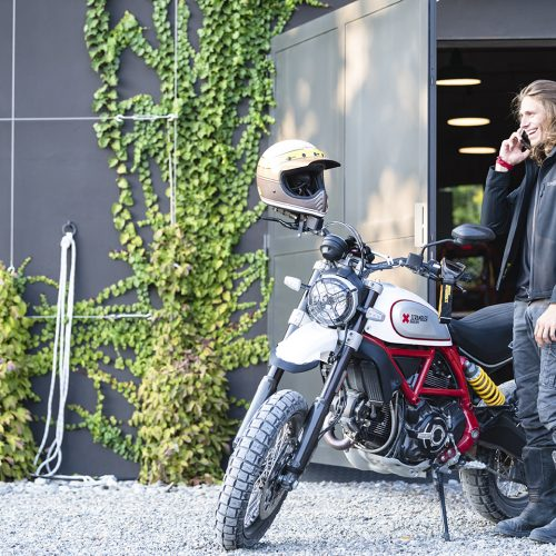 2020 Ducati Scrambler Desert Sled Gallery Image 2