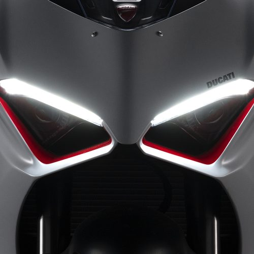 2020 Ducati Panigale V2 Gallery Image 4