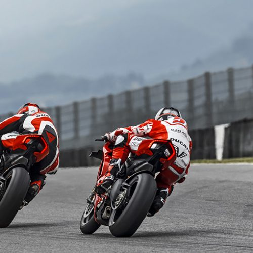 2021 Ducati Panigale V4 R Gallery Image 3