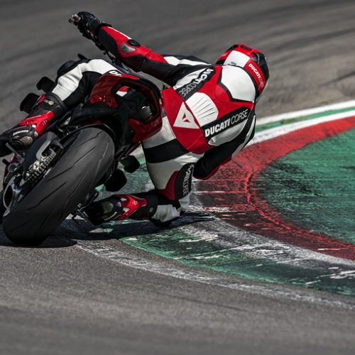 2021 Ducati Streetfighter V4 Gallery Image 3