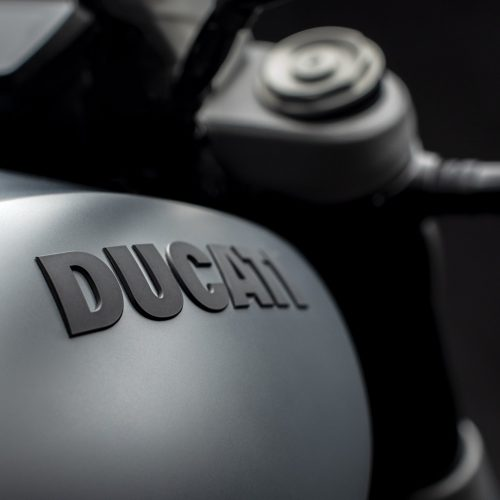 2020 Ducati XDiavel Gallery Image 1