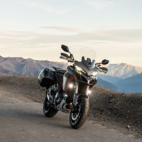 2020 Ducati Multistrada 1260 S Grand Tour Gallery Image 3
