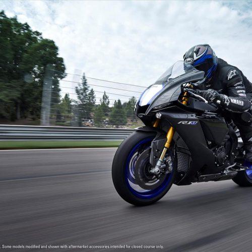 2021 Yamaha YZF-R1M Gallery Image 3