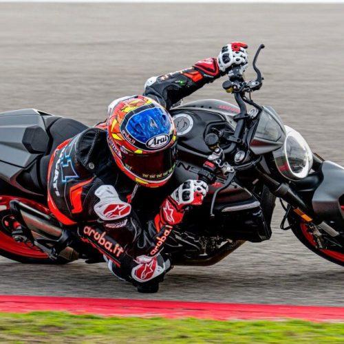 2021 Ducati Monster Gallery Image 1