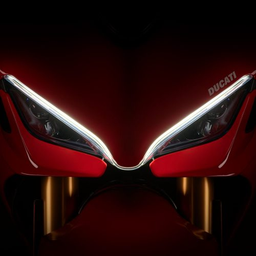2021 Ducati SuperSport 950 Gallery Image 1