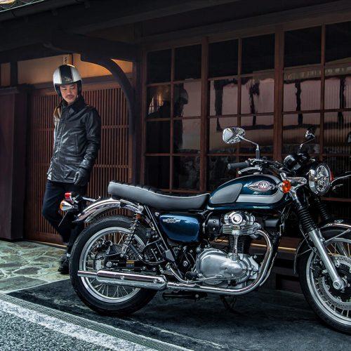 2021 Kawasaki W800 Gallery Image 1