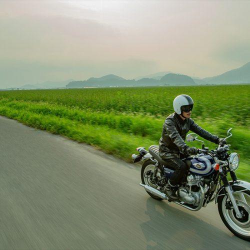 2021 Kawasaki W800 Gallery Image 3
