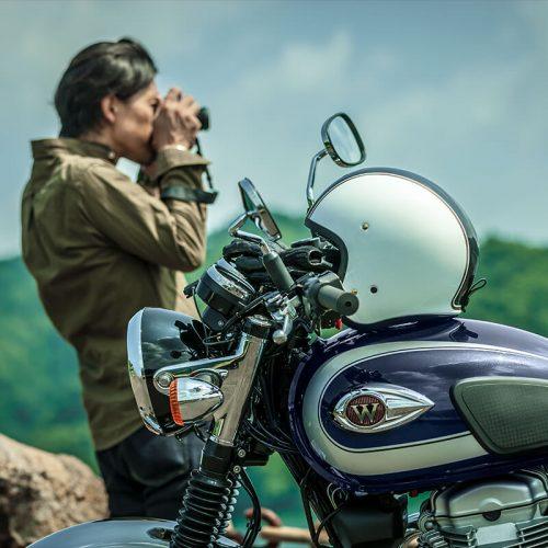 2021 Kawasaki W800 Gallery Image 4