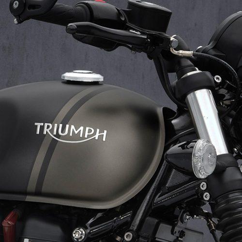 2021 Triumph Bonneville Bobber Gallery Image 3