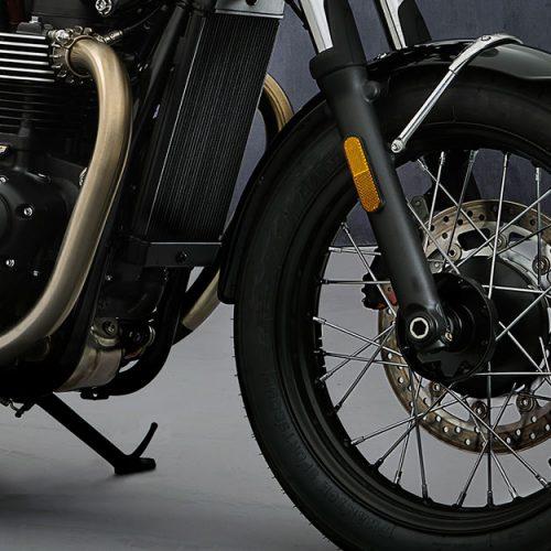 2021 Triumph Bonneville T100 Gallery Image 4