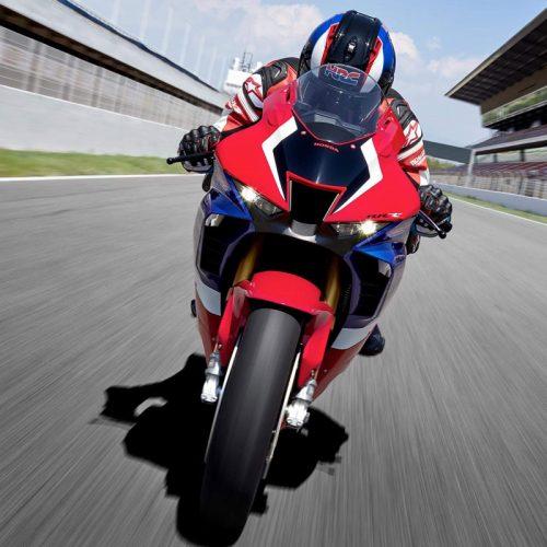 2021 Honda CBR1000RR-R FIREBLADE SP Gallery Image 1