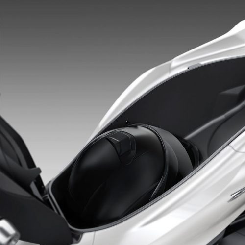2021 Honda PCX Gallery Image 2