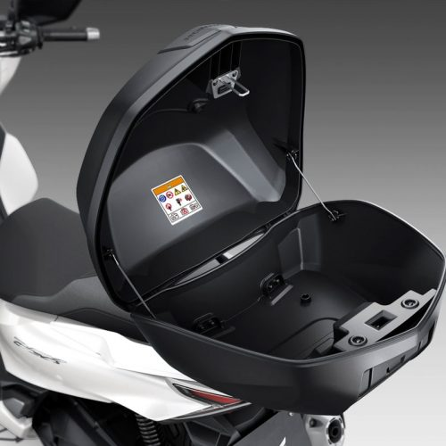 2021 Honda PCX Gallery Image 3