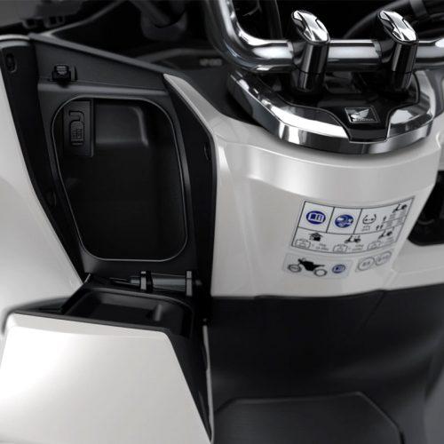 2021 Honda PCX Gallery Image 4