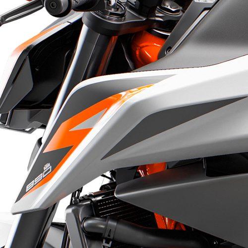 2021 KTM 890 DUKE R Gallery Image 3