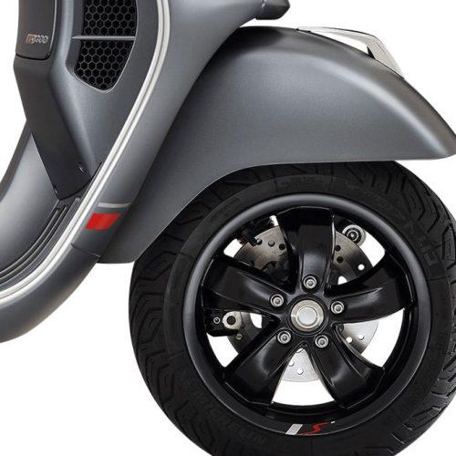 2021 Vespa GTS SUPER 300 SPORT Gallery Image 1