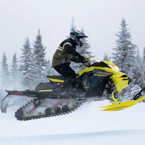 2022 Ski-Doo Renegade Gallery Image 3