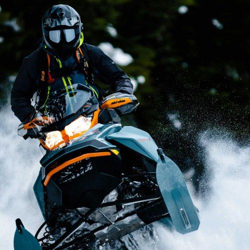 2022 Ski-Doo Backcountry Gallery Image 3