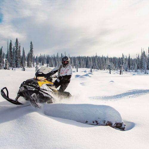 2022 Ski-Doo Tundra Gallery Image 1